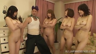 Lucky gay blade slides his dick in four bedraggled Japanese pussies. HD