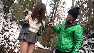 Cute and adverse Japanese nympho in sunglasses Akiko Kurokawa gives a blowjob
