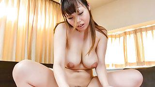 Rion Nishikawa is screaming - Upon at javhd.net